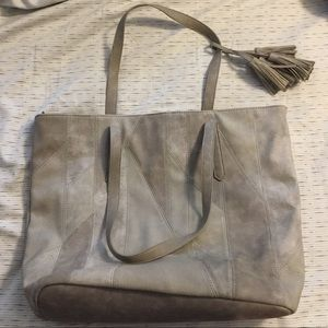 Handbags - Grey tote with tassel